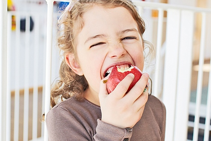 5 Foods To Maximize Your Child's Brain Development
