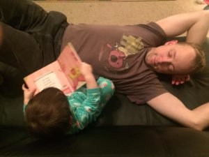 dad-reading-with-baby-princess