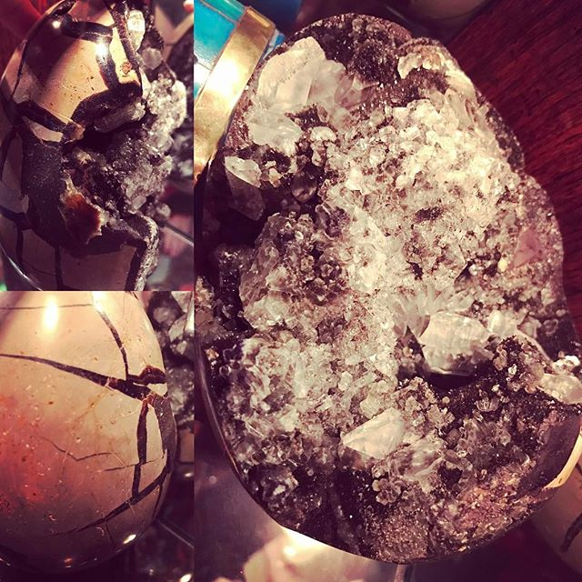 dragon egg geode crystals gem mineral show